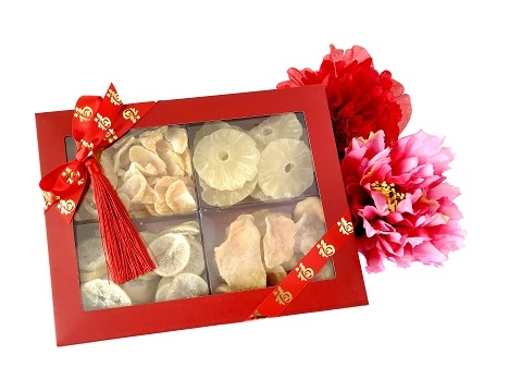 Large Dried Fruit & Raw Nuts Box